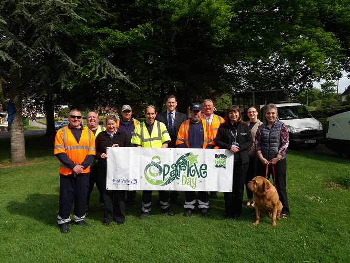 Enham Alamein Area Sparkle Day - Group Photo - 19 May 2017